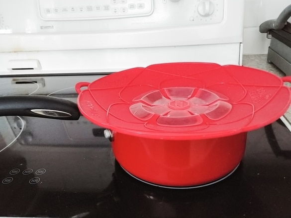No spill lid cover